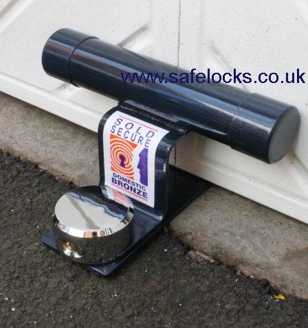 Garage Door Defender Pjb 301 With Padlock